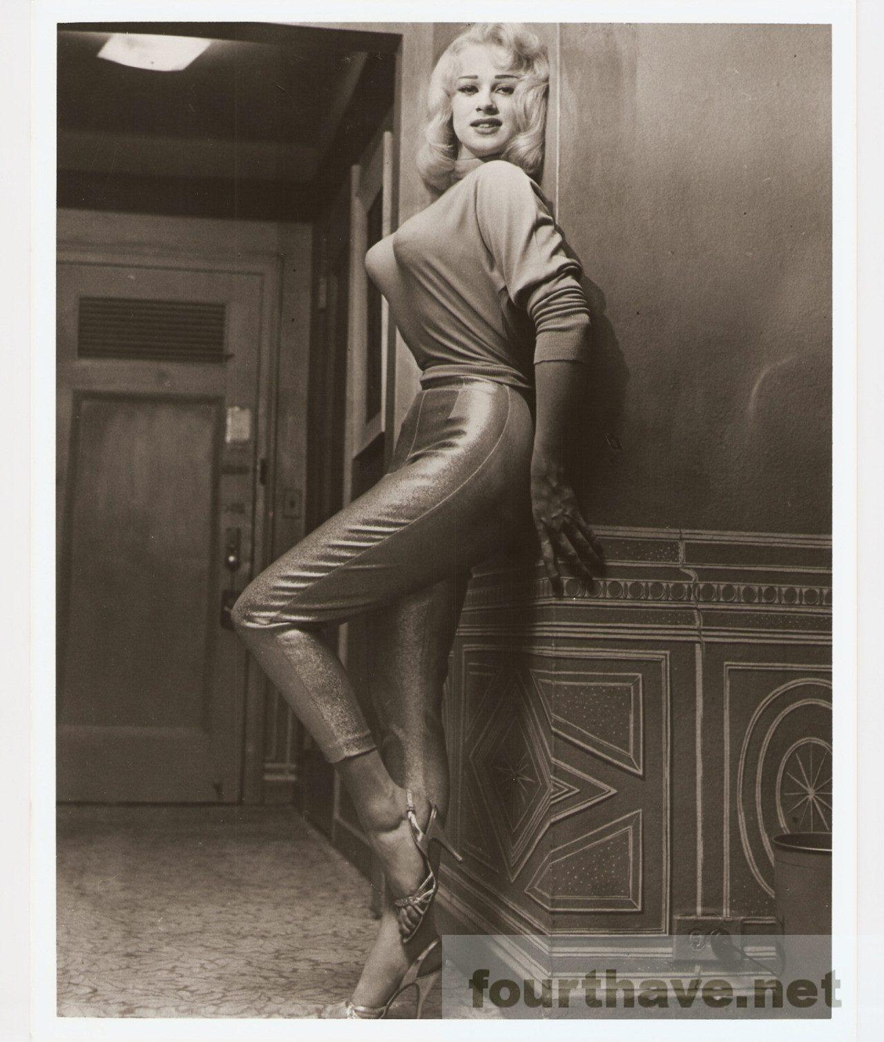 Norma Ann Sykes - Sabrina