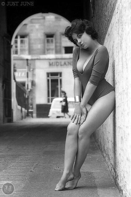 1950s#cheesecake#legs