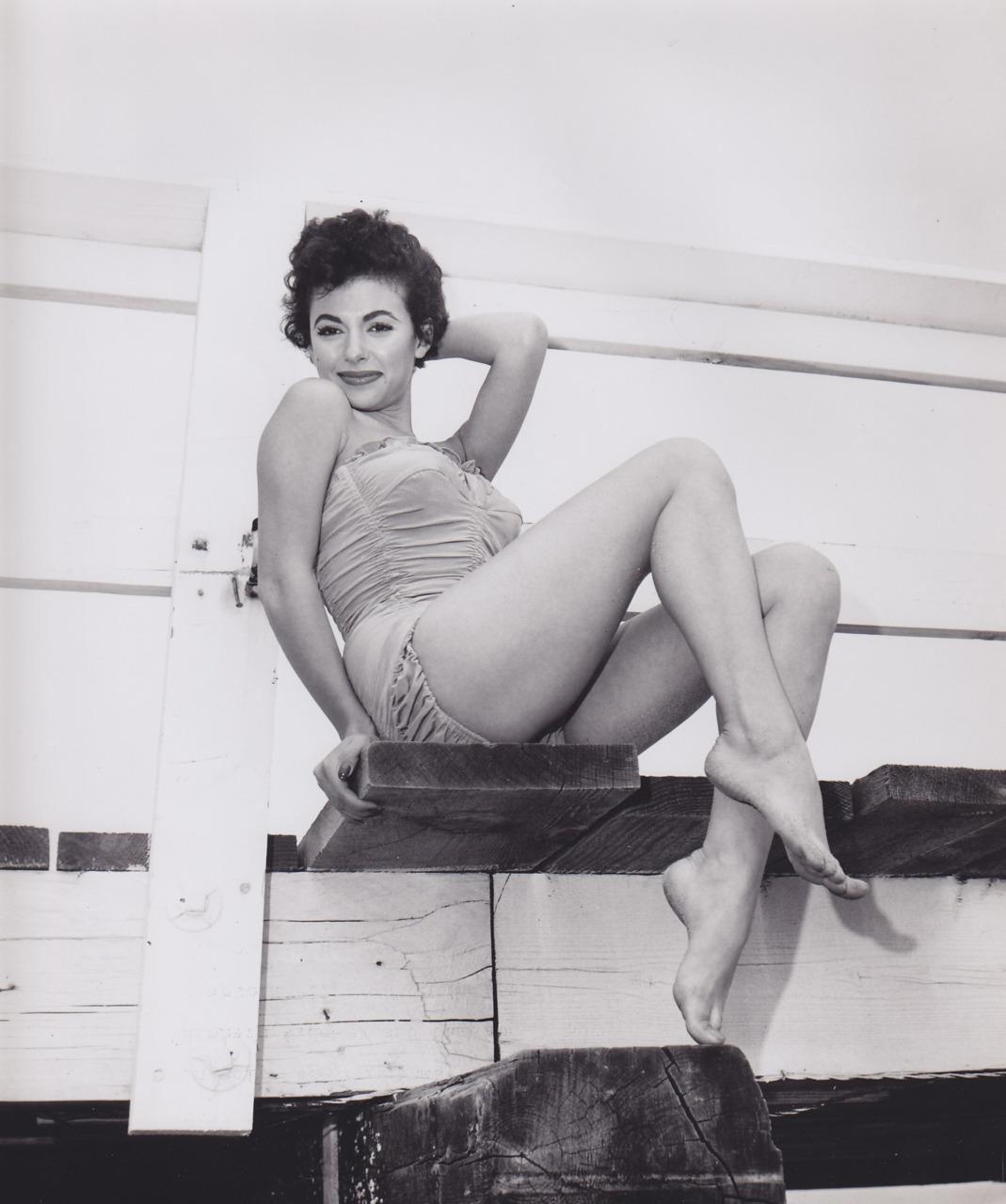 Rita Moreno, 1957
